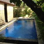 2 bed villa pool.