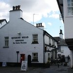 ‪Queen's Head Restaurant‬