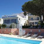 Photo of Hotel Le Saint Erasme