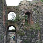 """руины замка """"Kaiserpfalz"""" императора Фридриха I Барбароссы"""