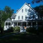 Maple Leaf Inn