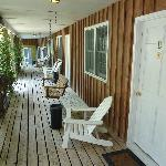 porch in front of the dog-friendly rooms