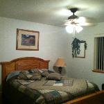1 of the 2 bedrooms
