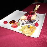 Cheesecake with Wild Berries Chutney