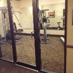 Fitness Center - Basic But Nice (and Clean!)