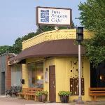 Inn Season Cafe