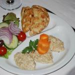 Aubergine salad with pitta