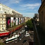 Foto tirada da varanda do quinto andar do Residence Orion Paris Haussmann