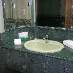 Wash basin & vanity