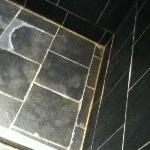 Walk-in Shower floor