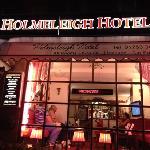 HOLMELEIGH HOTEL