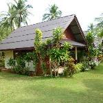 best hotel availablel on Sukorn Island - Sukorn beach bungalow