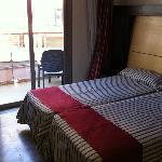 Foto de Mediterranean Bay Hotel