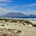 Blick zum Tafelberg am Bloubergstrand