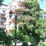 Vue de l'hôtel de la place de la Métropole