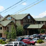 View of Hotel Glenwood Springs with gondola cables in front