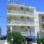 Das Pasiphae Hotel in der Posidonos Str./ Ecke Naxou