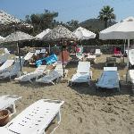 Few minutes after the beach boy made good order and before romanien guests comming :)