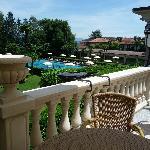 Outdoor Terrace & Pool