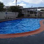 the pool is very well maintained and very nice