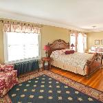 Room 4 of the Nantucket Inn Anacortes WA