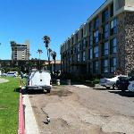 hotels to the north of pacific view inn. nice quiet part of PB