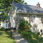 Cozy Butternut Cottage