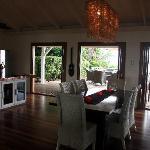 kitchen/dining room, lower villa