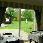 sala della colazione sul giardino retrostante