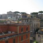 Vue directe sur une partie du Vatican; Celle occupée par son musée, exceptionnel.