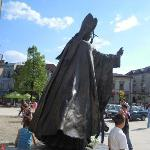 la statua bronzea di Papa Wojtyla