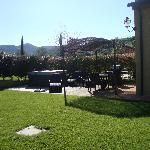 Jacuzzi + area attrezzata in giardino