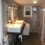 bathroom in tree house