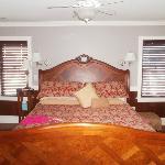 Beatrice Estelle bedroom