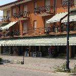 Hotel Ambra - Across the Street
