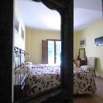 Angel's wardrobe in El Calabacino room