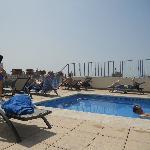Roof top pool,
