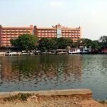The Sunlake Hotel