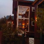 la entrada a la hosteria.. hermosa!