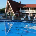 motel and pool
