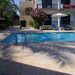 Una veduta della piscina