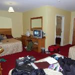 spacious room, comfortable beds