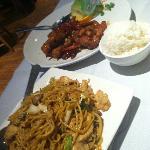 General Tso's chicken & chicken lo mein
