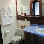 Bathroom boasts excellent shower, good soap, towels & shampoo