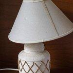 broken tablelamp