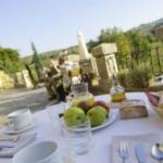 Vista de desayuno en terraza