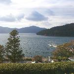芦ノ湖と恋に効く箱根神社!