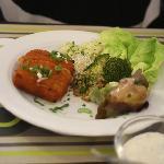 Starter: cheese cloquette and veg