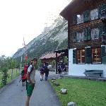 Bei unserer Ankunft: Der Alpenhof von aussen