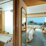 Pioneer Beach Hotel - Superior Deluxe Room